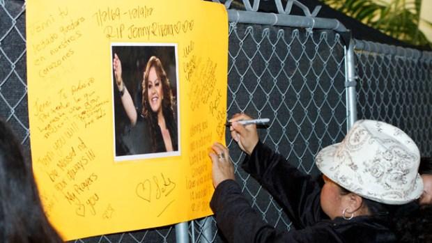 Video: Hispanas honran a Jenni