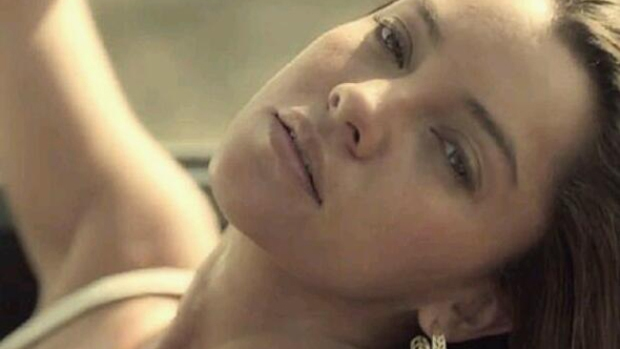 "Video: Para febrero ""Camelia La Tejana"""