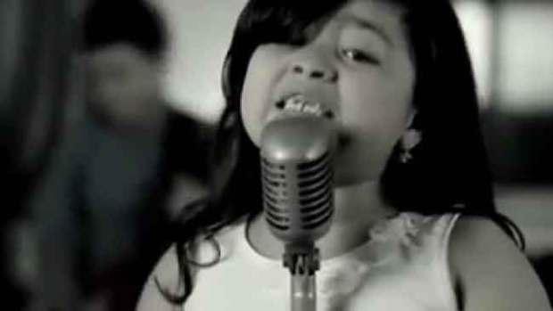 Video: Fátima, la Adele hispana