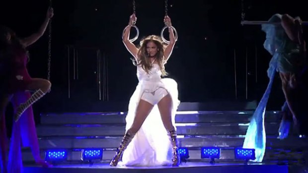 "Video: J.Lo estrena la canción ""Live It Up"""