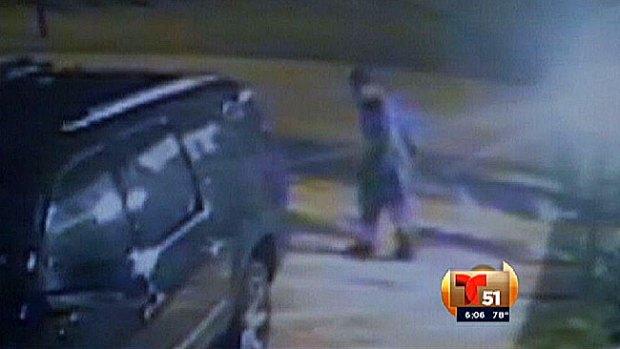 Video: Ladrón roba a sus víctimas en pleno sueño