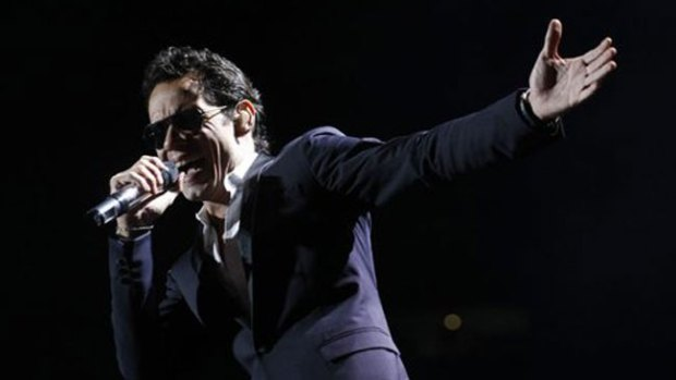 Video: Escándalo de Marc Anthony en aduana