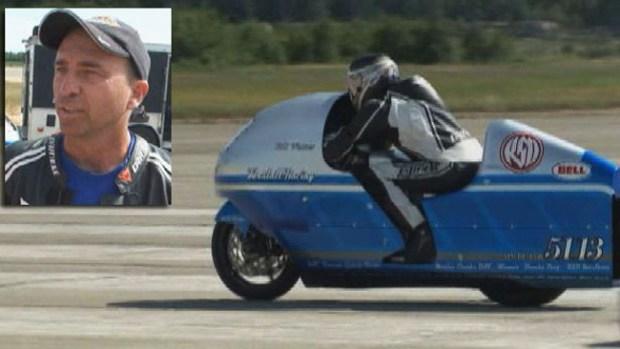 Video: Motociclista muere al llegar a 285 mph