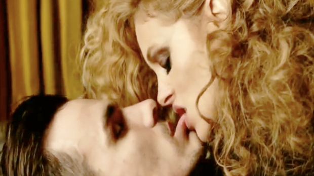 Video: Paulina Rubio, ¡Depravada sexual!