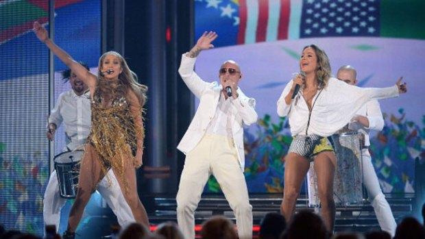 Video: Pitbull da la cara ante duras críticas