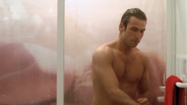 Video: ¡Rafael Amaya al desnudo!