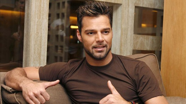 Video: Ricky Martin se retracta en Twitter