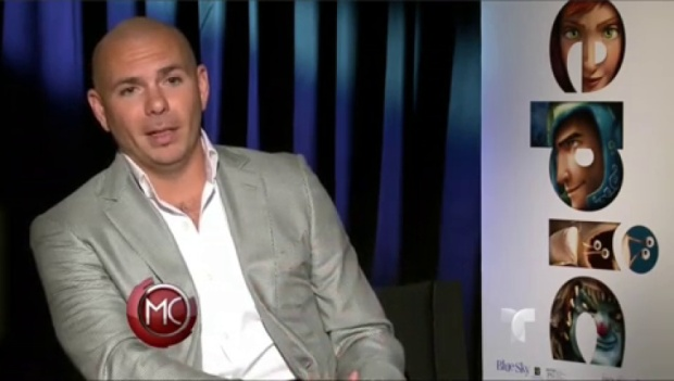 Video: Pitbull es ahora un sapo