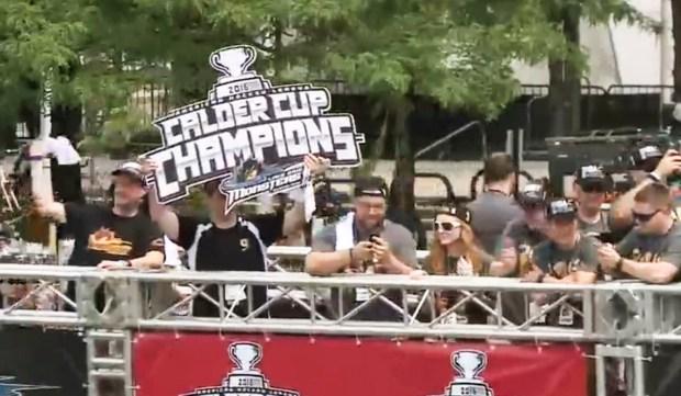 LeBron James y los Cavaliers celebran su victoria