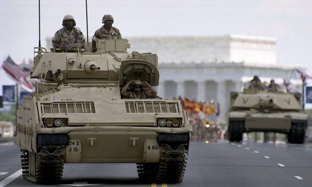 La historia y el lío por el desfile militar que sueña Trump