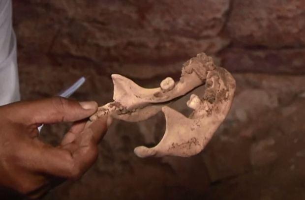 Momias en la cueva: hallan huesos milenarios