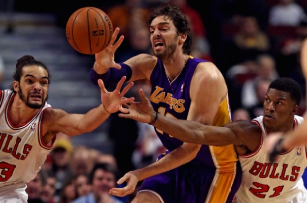 Video: Gibson sentencia a los Lakers