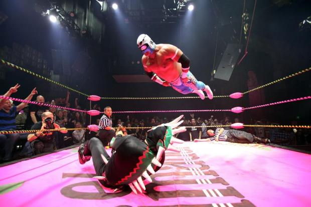 [TLMD - MIA] Lucha VaVoom, la lucha libre mexicana en un cabaré picante