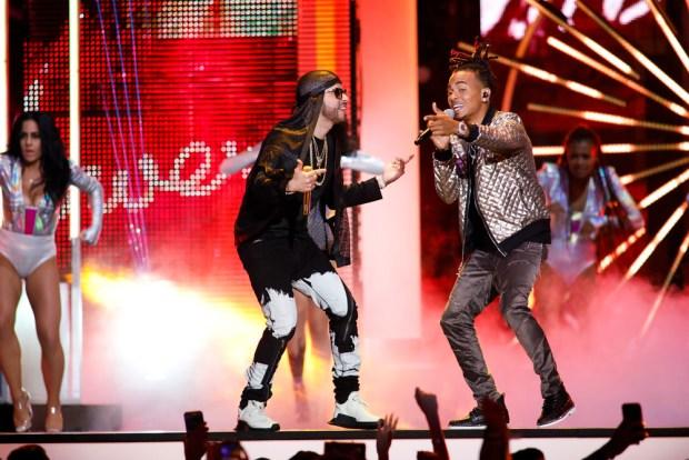 [TLMD - MIA] Yandel y Ozuna en Premios Tu Mundo 2017