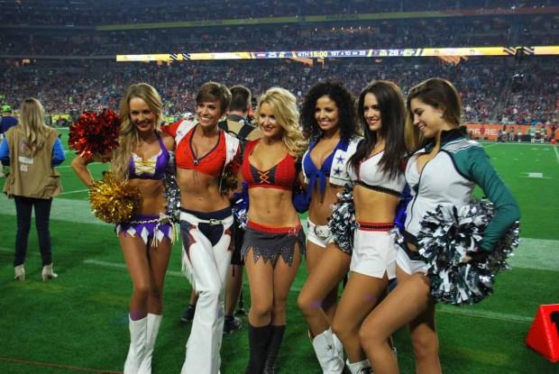 Duelo de porristas del Super Bowl
