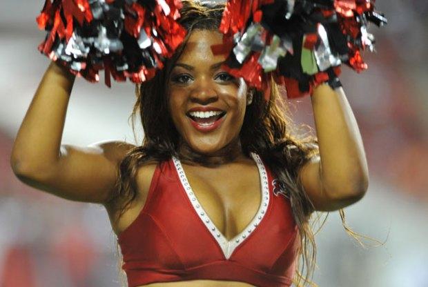 Fotos: las porristas de la NFL te derrotan con su belleza