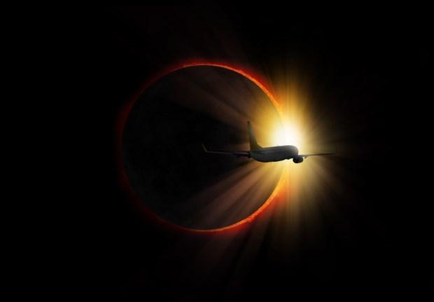 Cómo y por qué aviones de la NASA perseguirán el eclipse