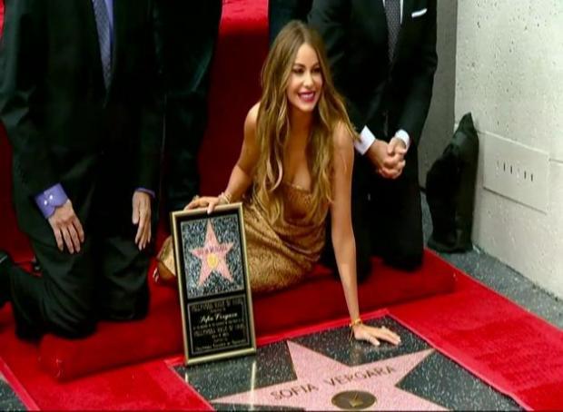 Sofia Vergara recibe estrella en Paseo de la Fama