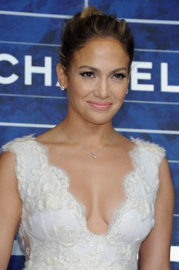 Galería: Hija de J.Lo en desfile Chanel
