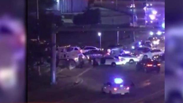[TLMD - MIA] Autoridades investigan enfrentamiento de sujeto con la Policía