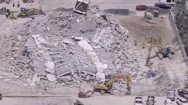 [TLMD - MIA] Edificio colapsa en Miami Beach