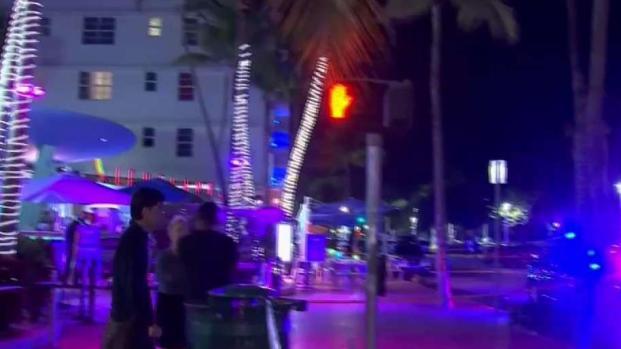 [TLMD - MIA] Pánico por tiroteo en turística calle de South Beach