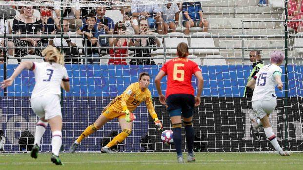 [TLMD - NATL] Penal da la ventaja a EEUU en los primeros cinco minutos contra España