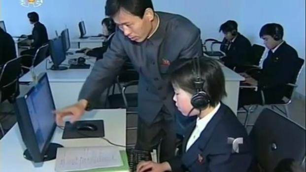 Llaman 'mono' a Obama tras ciberataque
