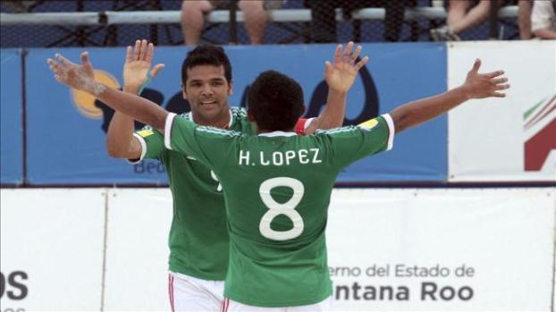 Galería: España vence a EE.UU. y México a El Salvador en fútbol playa