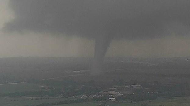 Galería: Tornados arrasan con Dallas