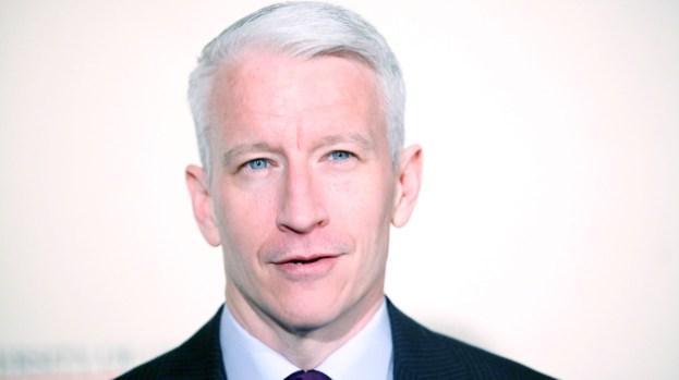 Galería: Anderson Cooper sale del clóset