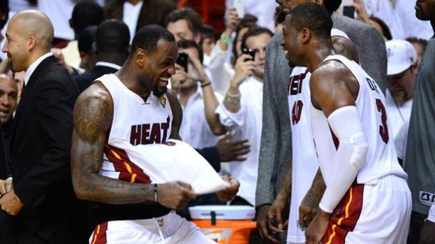 Video: Miami y Lebron, ¡campeones!
