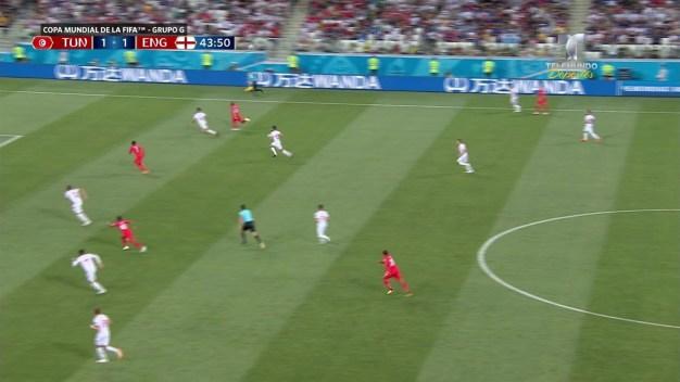 Gran rugido en los últimos minutos da la victoria a Inglaterra ante Túnez