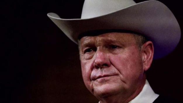 Crucial elección en Alabama con candidato acusado de acoso