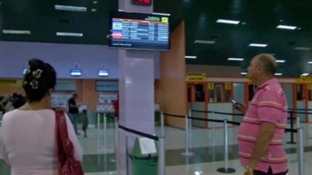 Cuba solo aceptará divisas extranjeras en los aeropuertos