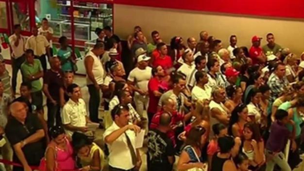 Cubanos convocan protesta pacífica por derecho a viajar