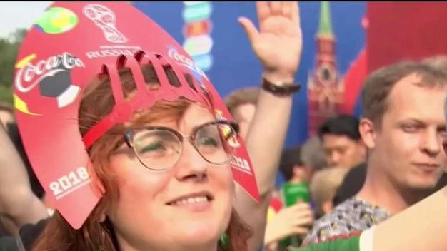 Francia gana la copa de la FIFA por segunda vez}