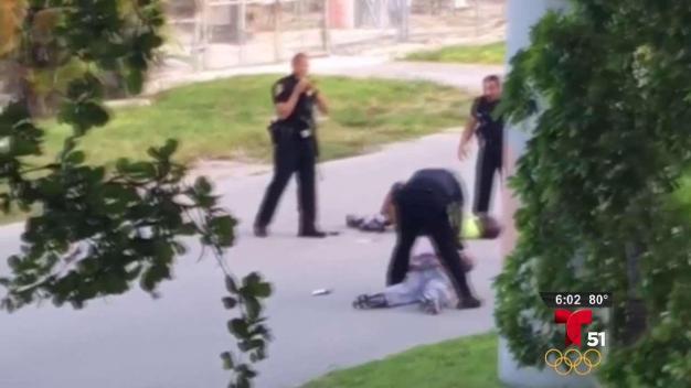 Identifican a policía que disparó a terapista