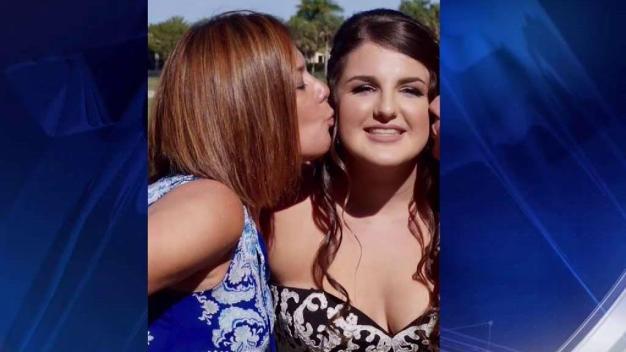 Identifican a madre e hija asesinadas a cuchillazos