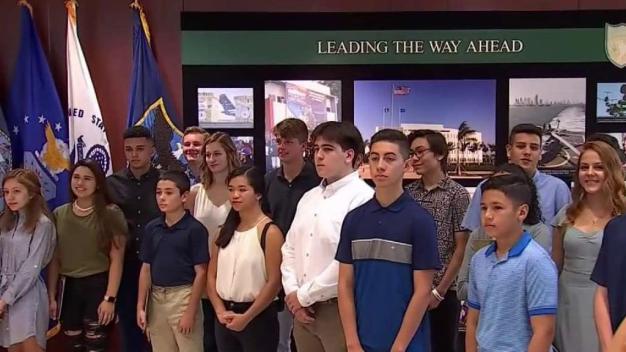 Jóvenes aspiran a entrar a universidades militares