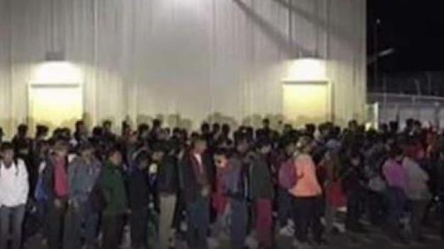 Patrulla Fronteriza intercepta a grupo de casi 200 migrantes