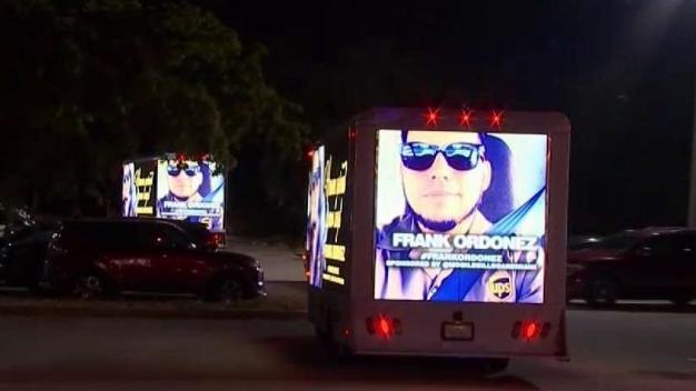 Realizan vigilia para recordar a chofer de UPS