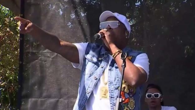 Reconocidos artistas hicieron vibrar a los asistentes al Festival de la Calle 8
