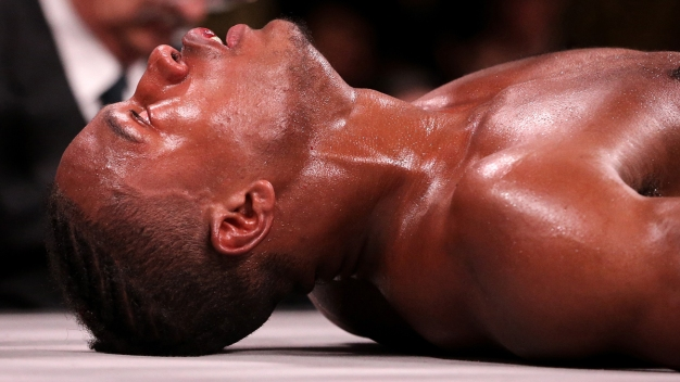 Brutal: termina en coma tras feroz pelea de boxeo