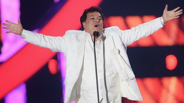 Honrarán a Juan Gabriel en los Latin AMAs