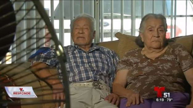 Pareja de abuelos denuncia robo de todos sus ahorros