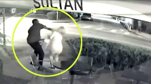 En video: roban y golpean a mujer en plena zona turística