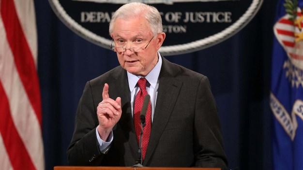Gobierno de Trump apela decisión de juez sobre DACA