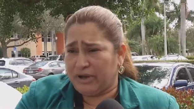 Enferma de cáncer lucha contra la deportación