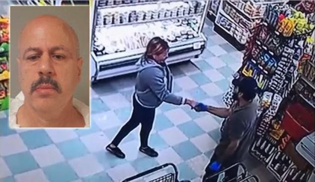 Policía: mata a cuchillazos a su esposa en arrebato de celos